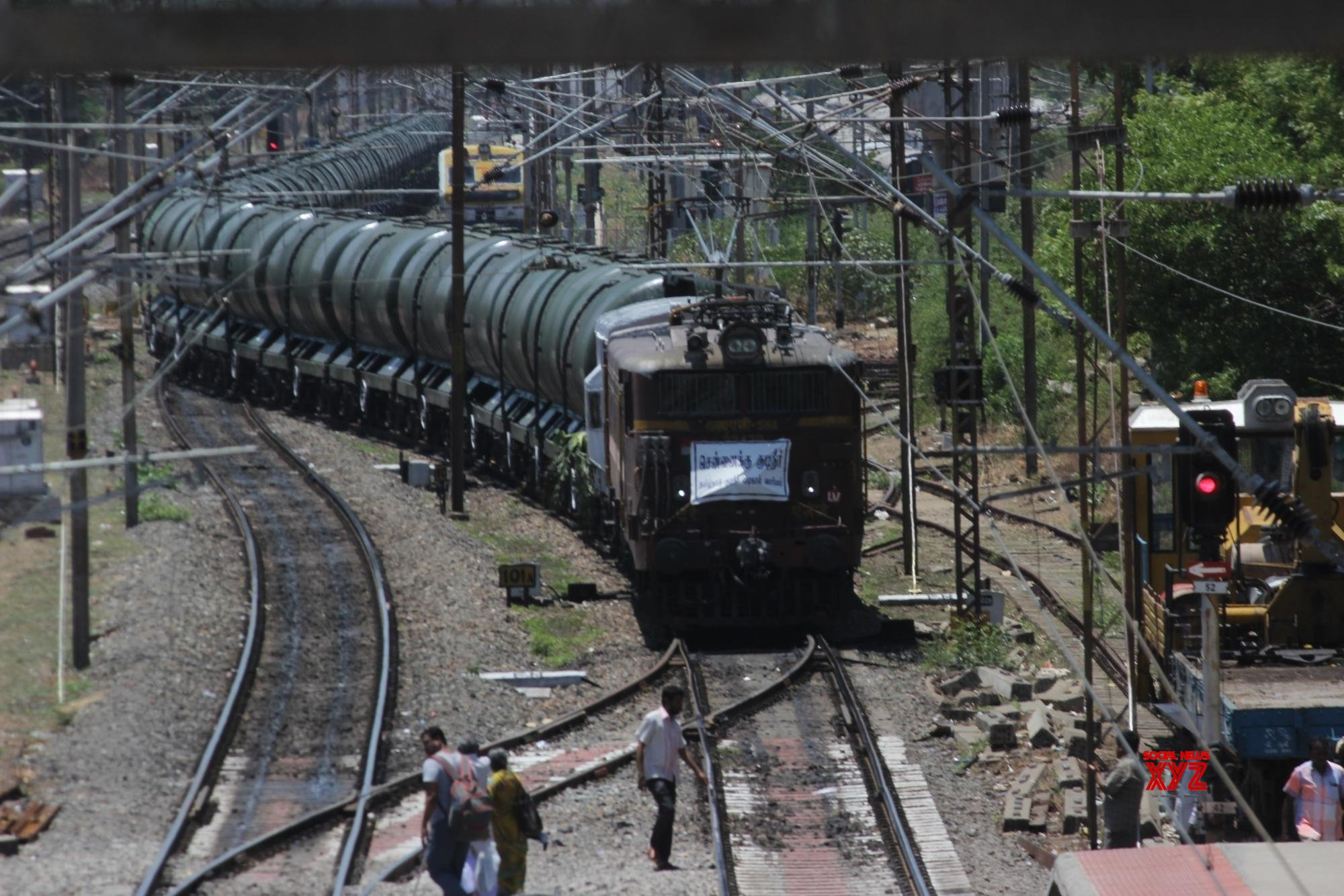 Special water train reaches Chennai from Vellore
