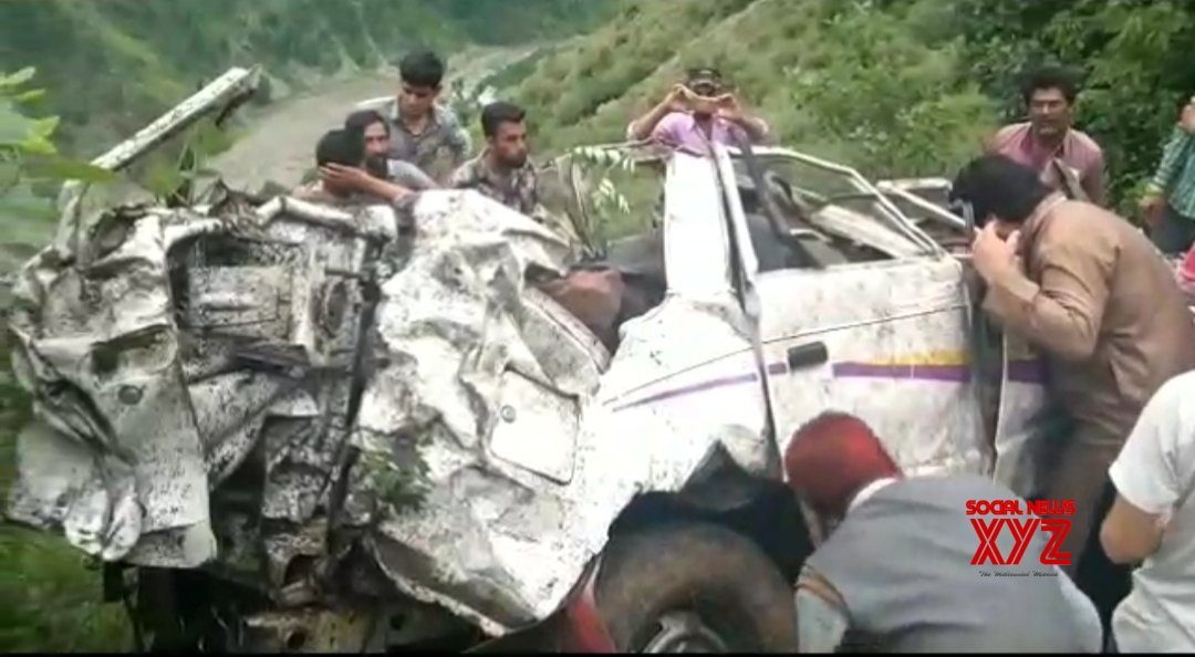 Five killed, three injured in J&K road accident