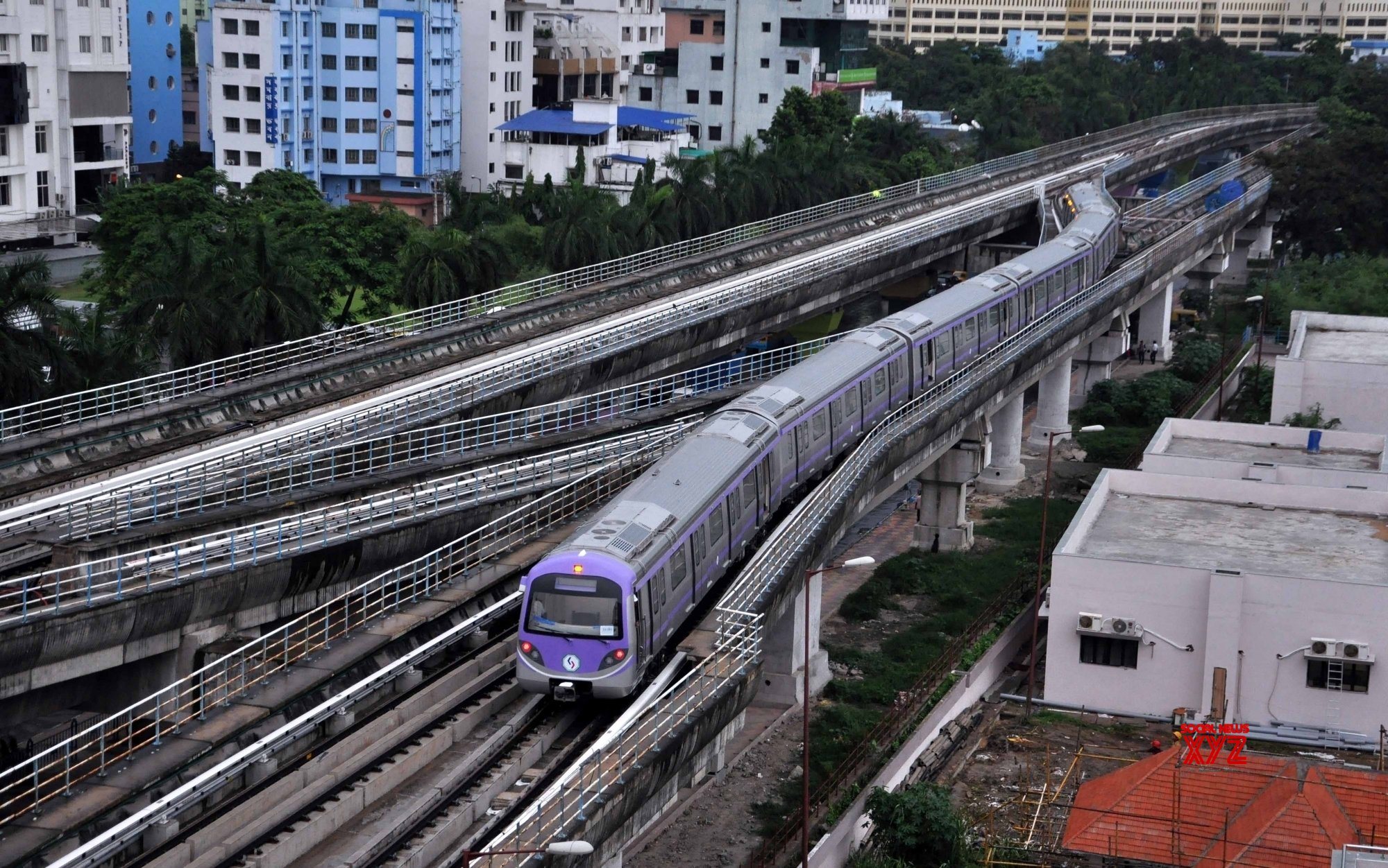 Case of death by negligence filed against Kolkata Metro