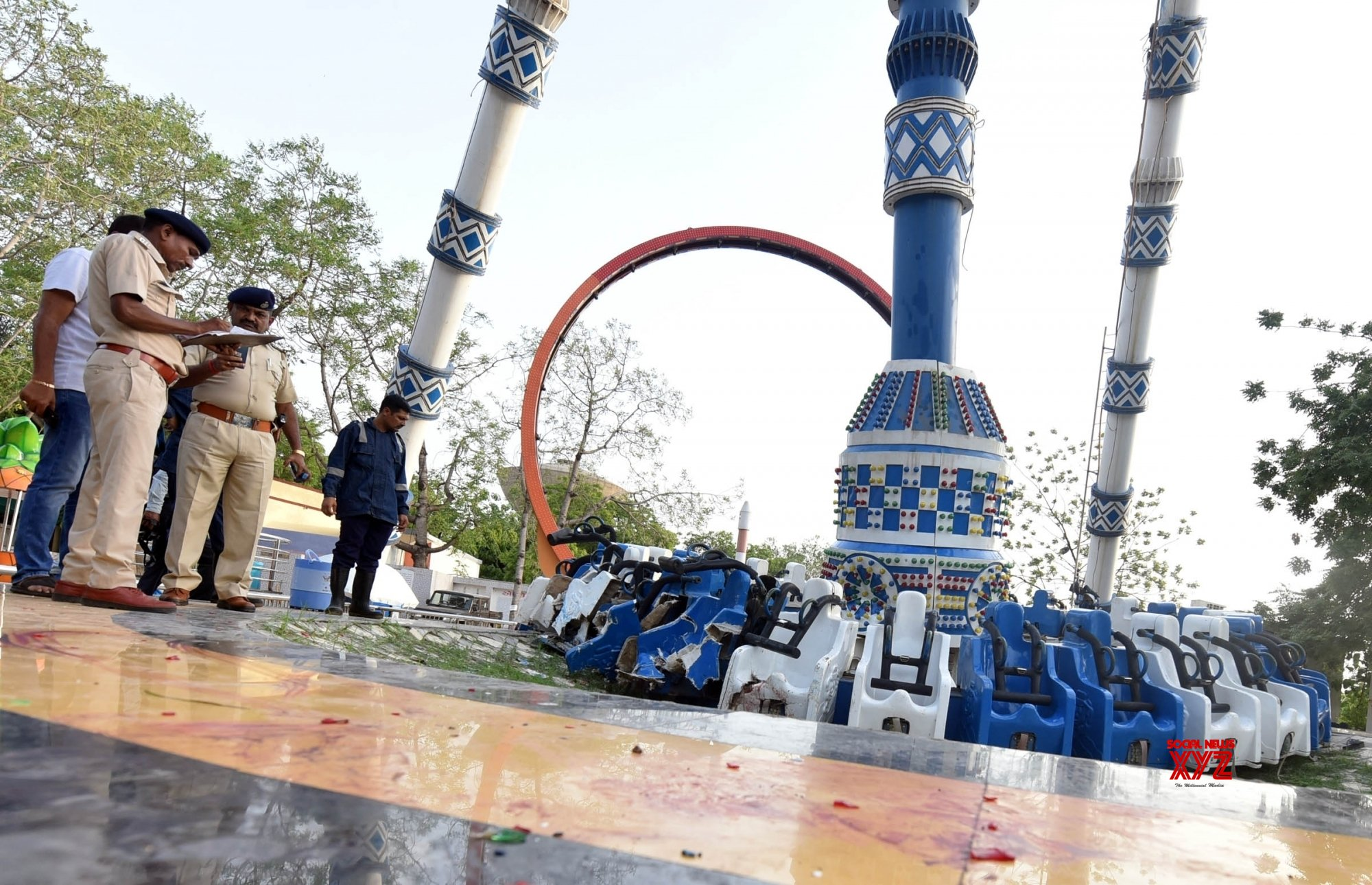 Freak roller-coaster ride collapse claims three lives in Ahmedabad