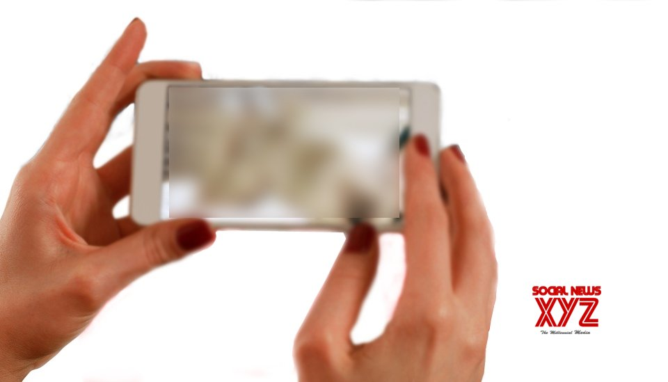Spending more time on smartphone linked to impulsiveness