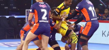 Ahmedabad: Players in action during a Pro Kabaddi Season 7 match between Bengal Warriors and Telugu Titans at EKA Arena in Ahmedabad on Aug 12, 2019. (Photo: IANS)