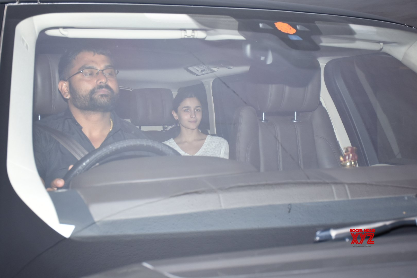 Mumbai: Alia Bhatt seen outside Karan Johar's house #Gallery