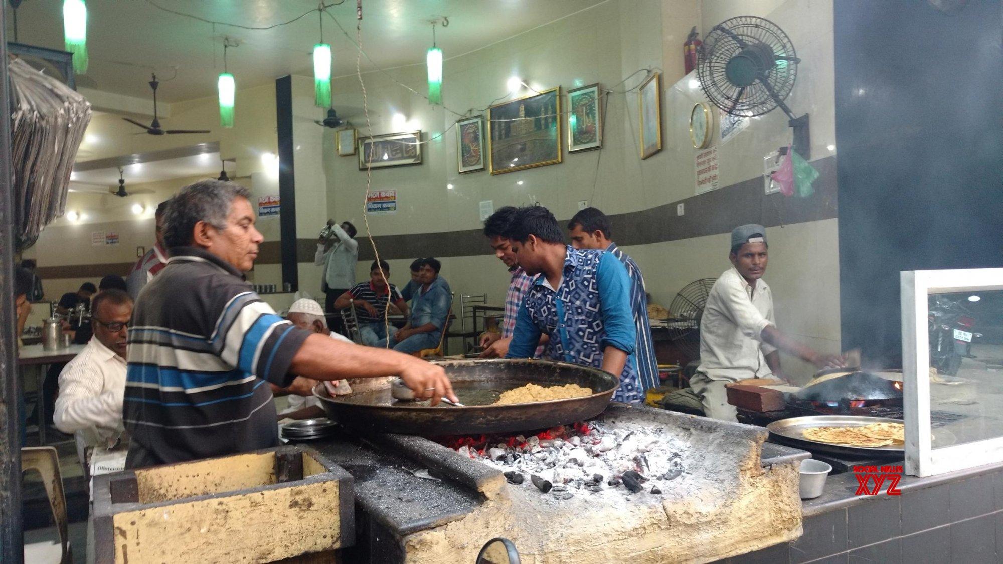 Deep discount: Restaurants delist from online food platforms