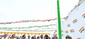Hyderabad: Telangana Chief Minister K Chandrasekhar Rao hoists the national flag on Independence Day in Hyderabad on Aug 15, 2019. (Photo: IANS)