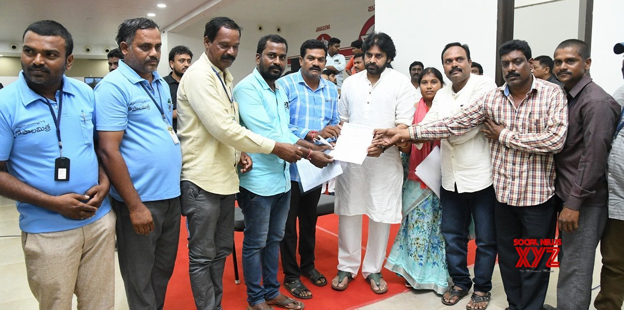 JanaSena Chief Pawan Kalyan Interaction With State Gopala Mitra Service Association Members Mangalagiri Gallery