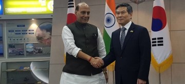 Seoul: Defence Minister Rajnath Singh meets his Korean counterpart Jeong Kyeong-Doo in Seoul on Sep 5, 2019. (Photo: IANS/PIB)