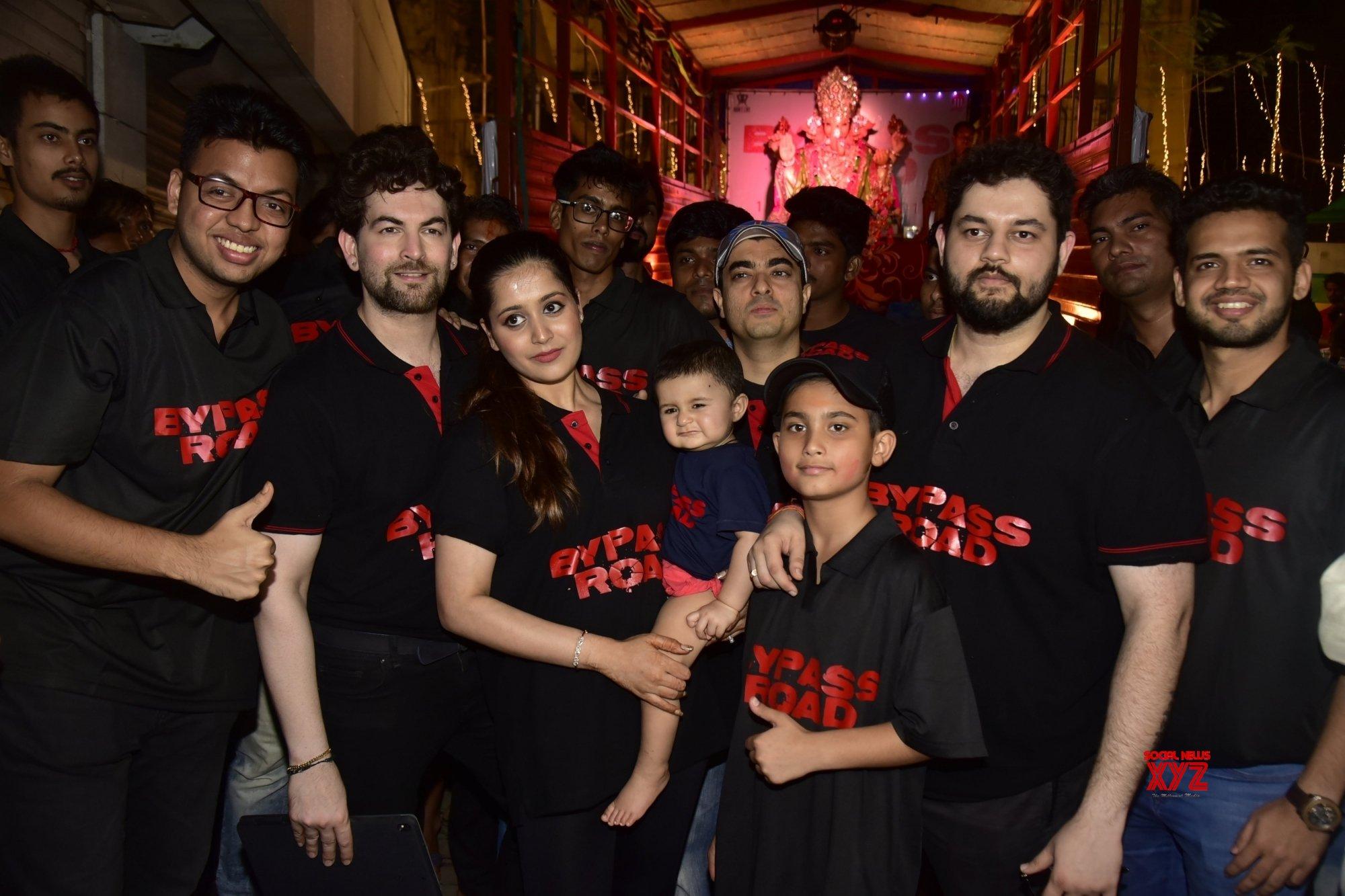 Mumbai: Neil Nitin Mukesh during Ganesh immersion #Gallery