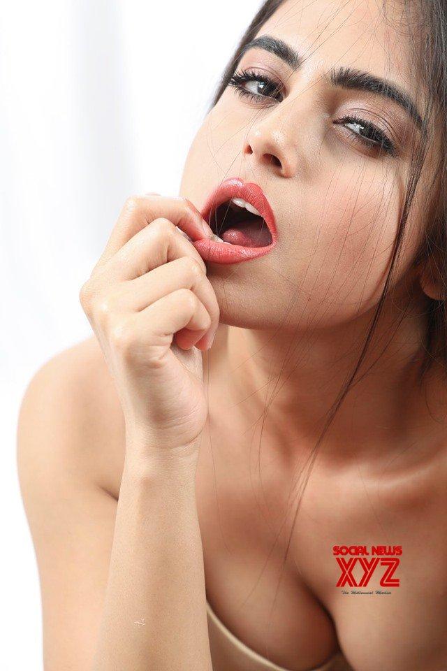 Actress Naina Ganguly Latest Super Hot Stills From RGV's Beautiful Movie