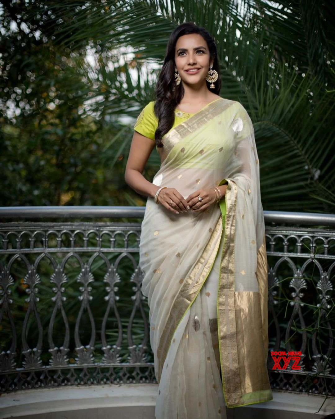 Actress Priya Anand Lovely Traditional Saree Stills