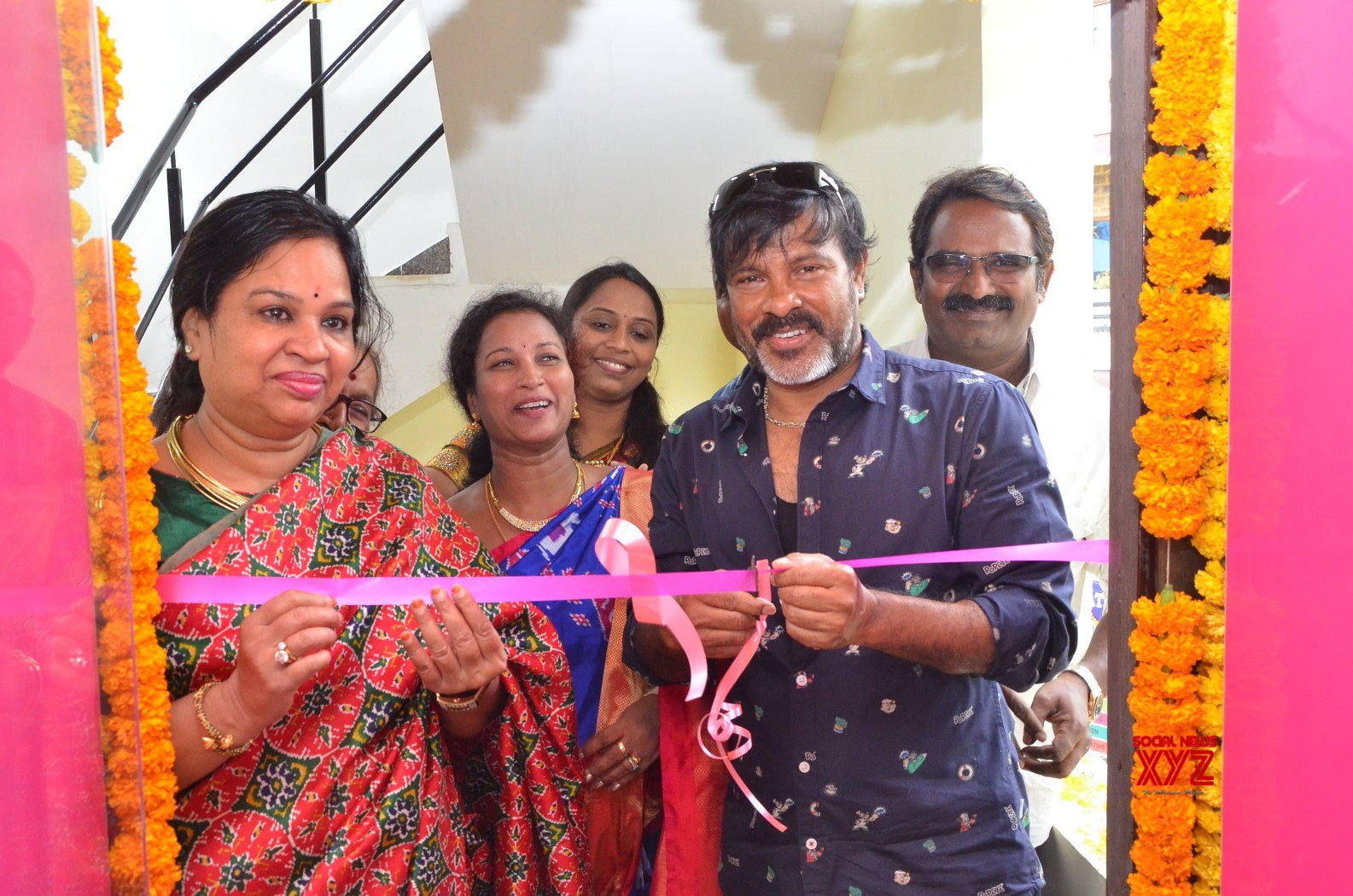 Chota K Naidu Launched Pinks N Bloos Beauty Salon And Spa At Manikonda - Gallery