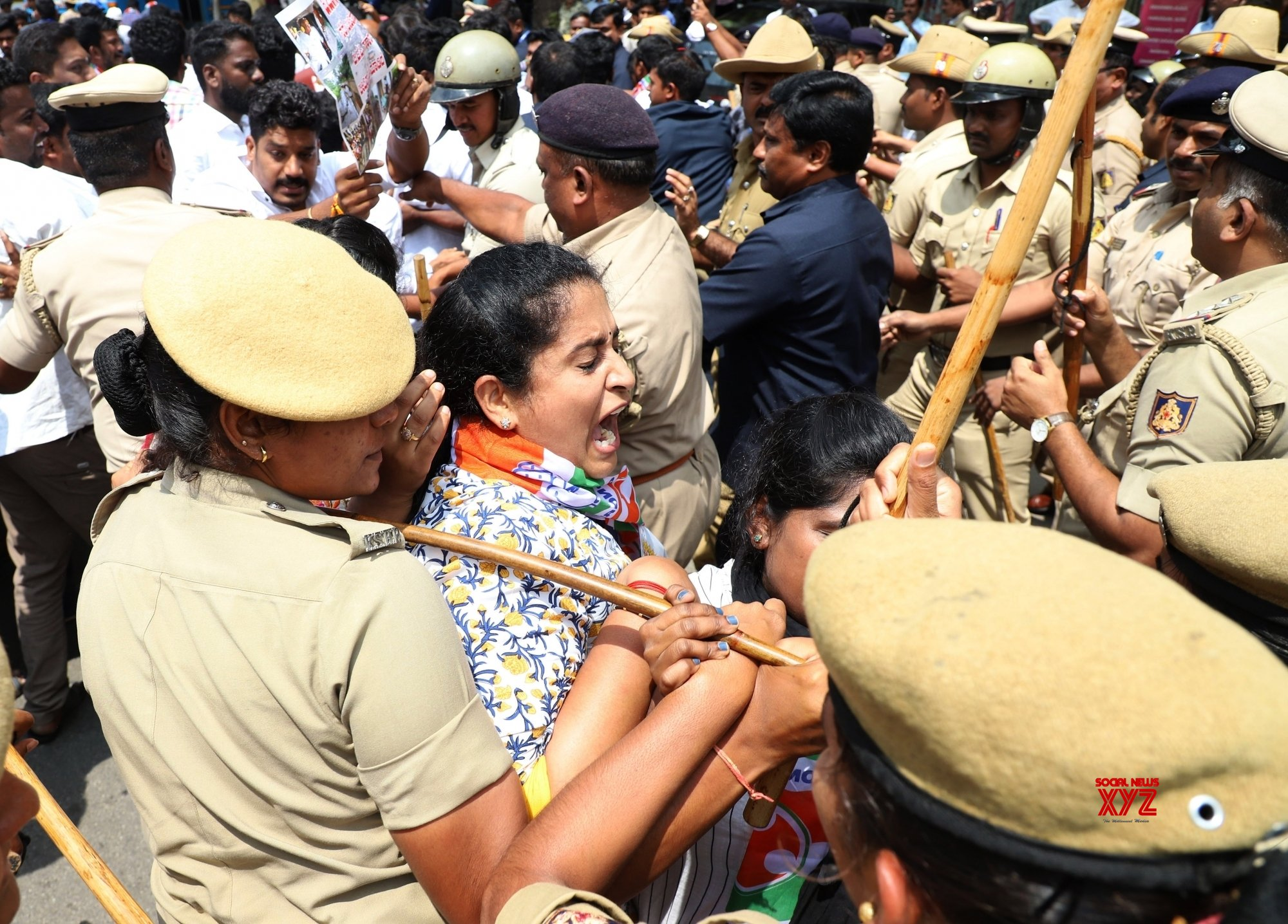 Bengaluru: Congress' demonstration #Gallery