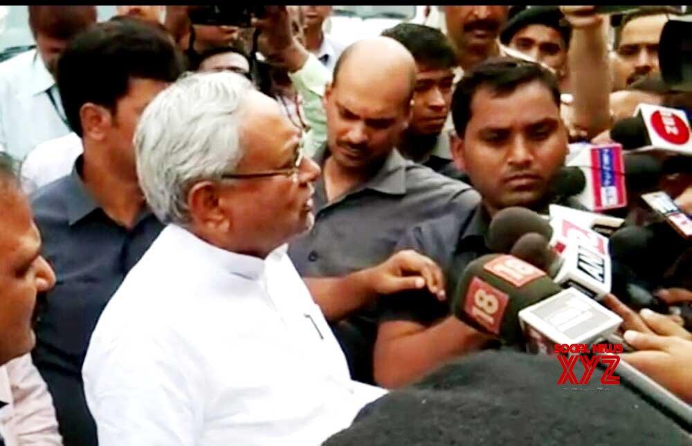 Patna: Nitish Kumar talks to the media #Gallery