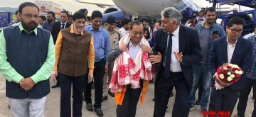 Guwahati: Chief Justice Ranjan Gogoi being welcomed on his arrival at Lokpriya Gopinath Bordoloi International Airport in Guwahati on Nov 10, 2019. (Photo: IANS)