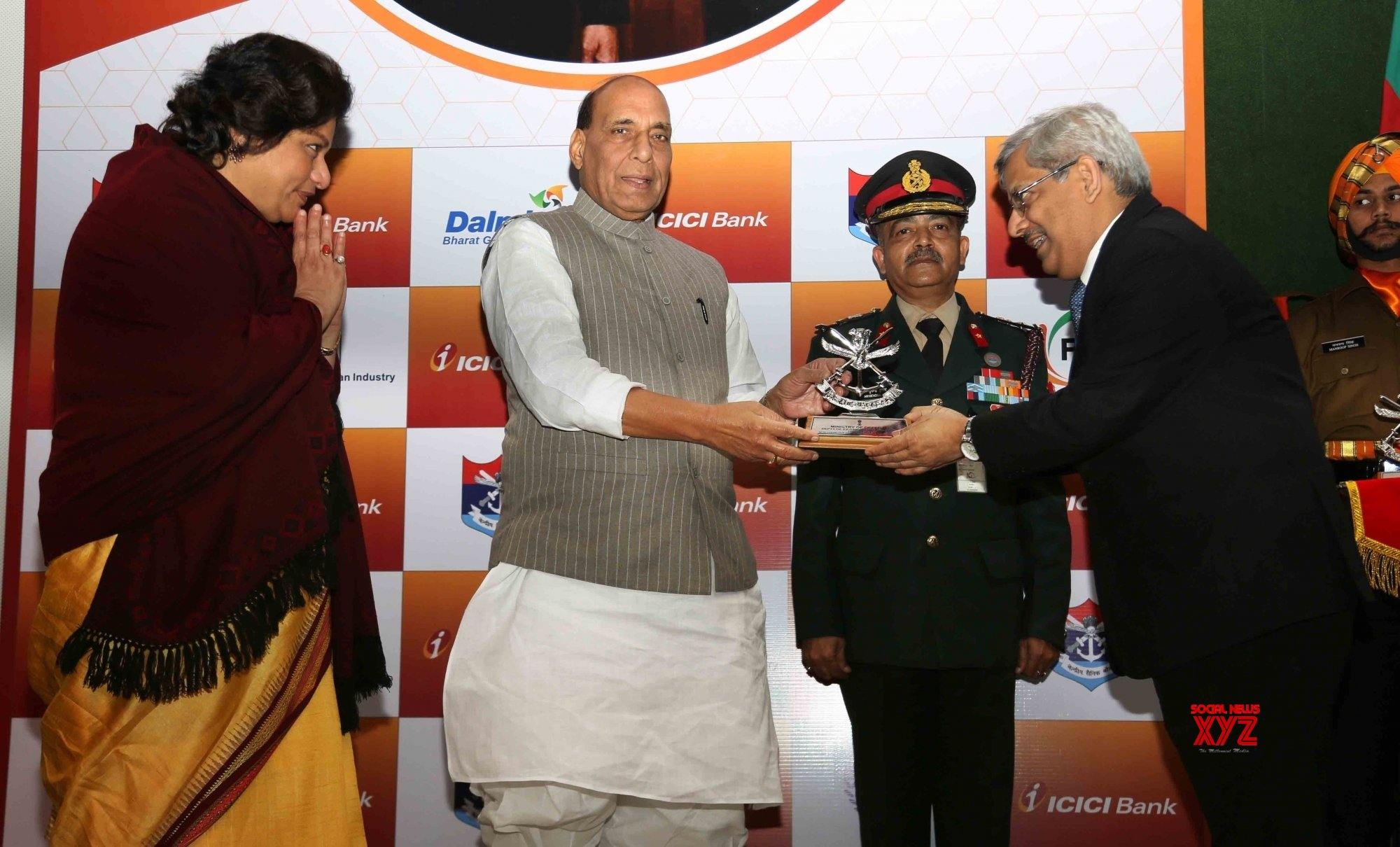 New Delhi: Rajnath Singh felicitates contributors of previous years Armed Forces Flag Day Fund #Gallery