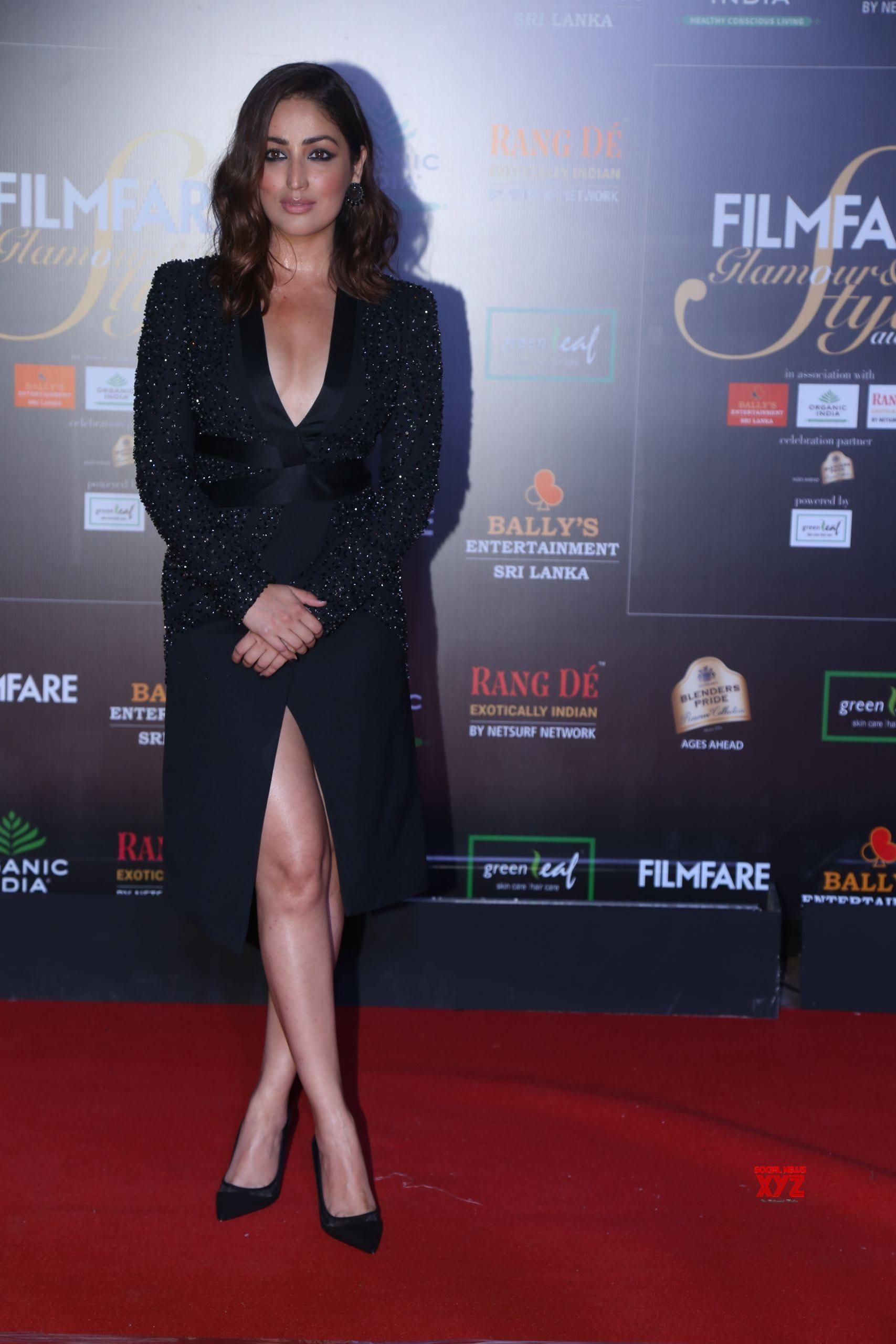 Actress Yami Gautam Hot HD Stills From Filmfare Glamour And Style Awards 2019 Red Carpet