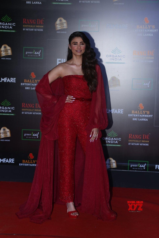 Mumbai: Filmfare Glamour And Style Awards 2019 - Daisy Shah #Gallery