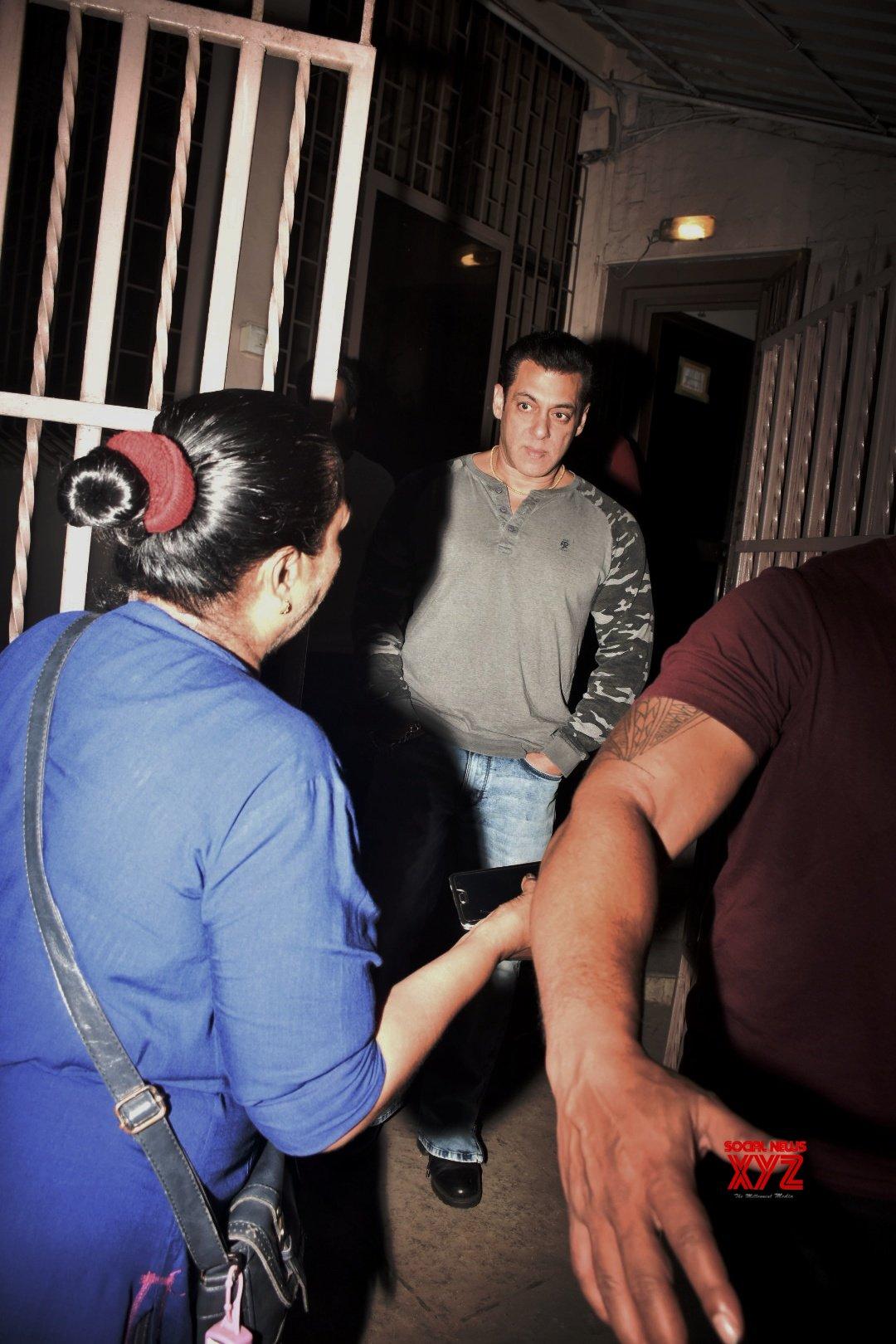 Salman Khan At Dubbing Studio In Bandra - Gallery