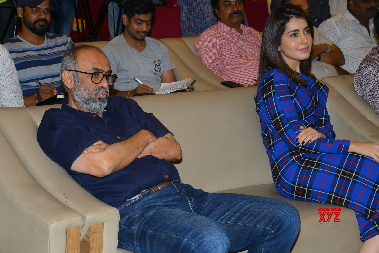 Venkatesh, Naga Chaitanya, Raashi Khanna And Venky Mama Team Press Meet Gallery Set 1