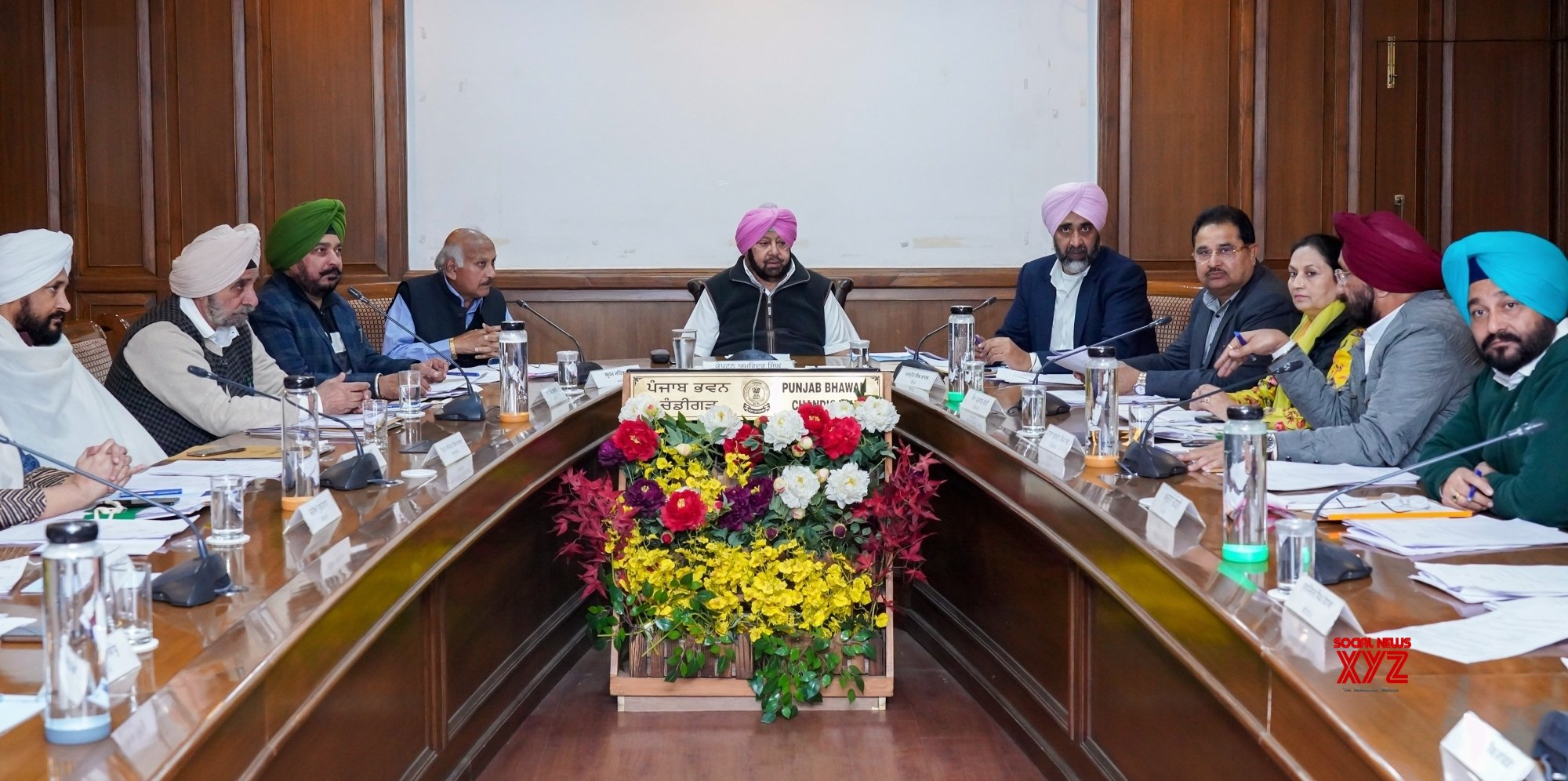 Chandigarh: Amarinder Singh chairs cabinet meeting #Gallery