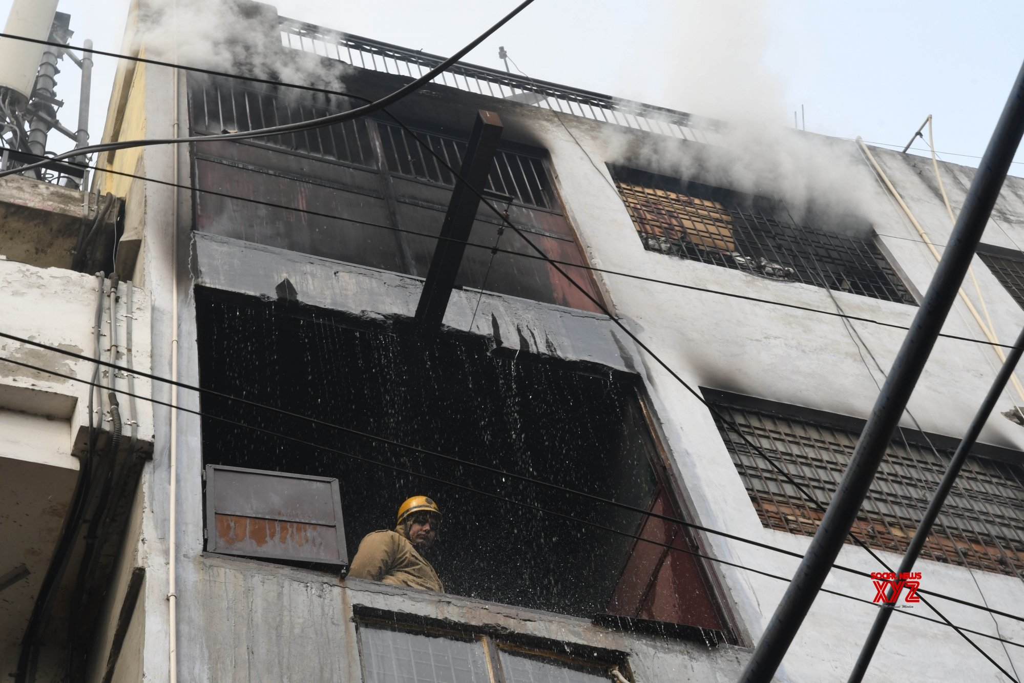New Delhi: Fire breaks out at Lawrence Road footwear manufacturing unit #Gallery