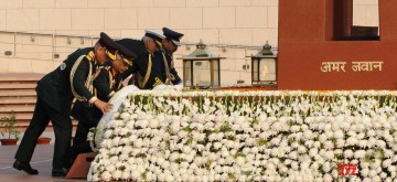 New Delhi: Chief of Defence Staff (CDS) General Bipin Rawat, Chief of Naval Staff Admiral Karambir Singh, Chief of the Air Staff Air Chief Marshal R.K.S. Bhadauria and Chief of the Army Staff General Manoj Mukund Naravane lay wreath at the National War Memorial on the occasion of Army Day, in New Delhi on Jan 15, 2020. (Photo: IANS/PIB)