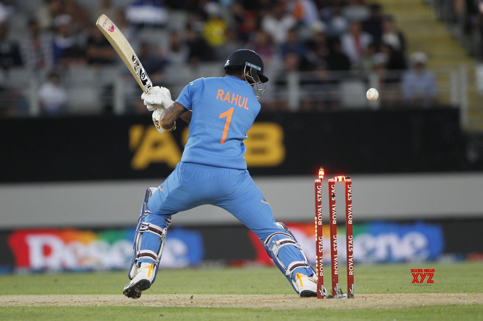 Auckland: 2nd ODI - India Vs New Zealand (Batch - 12) #Gallery