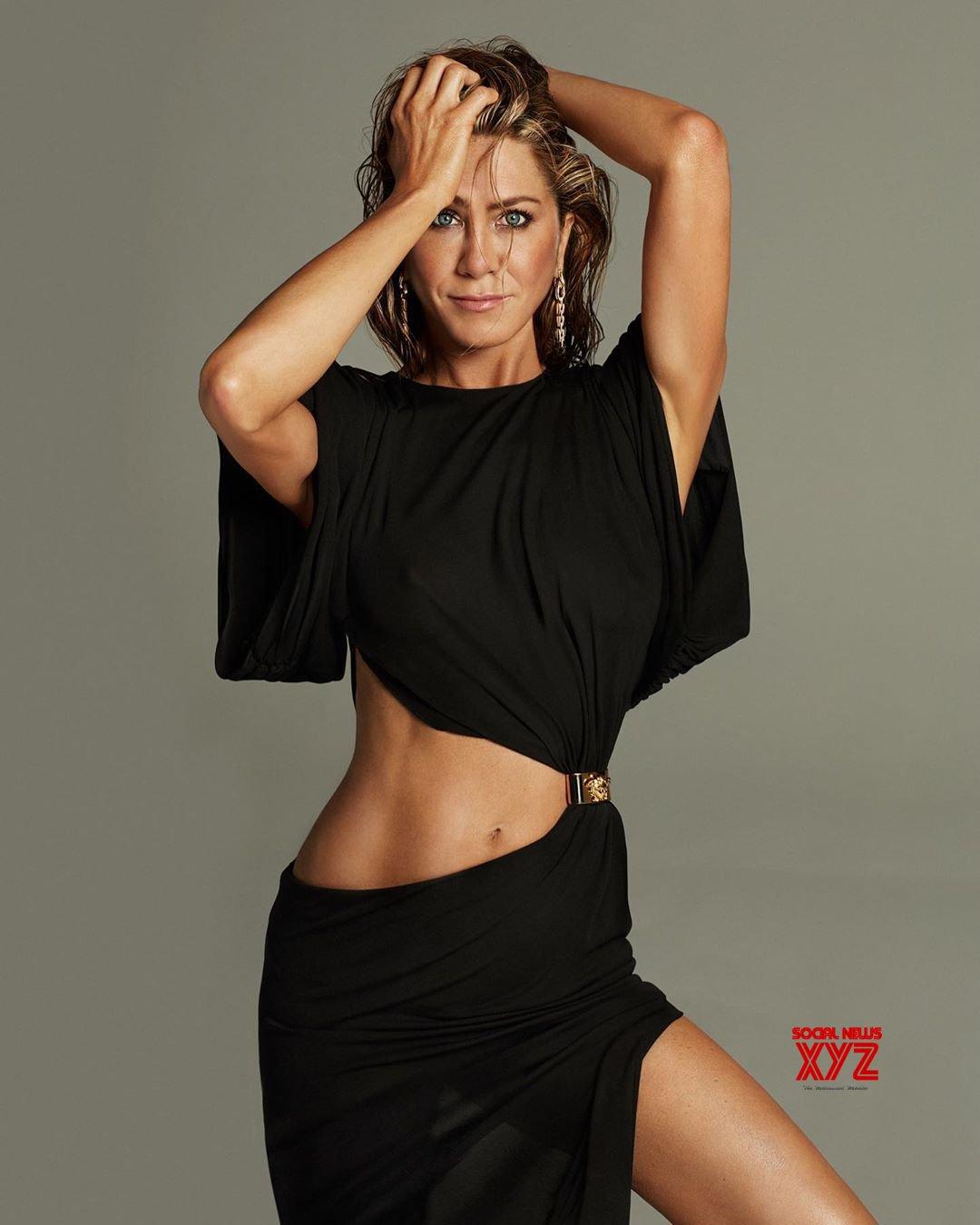 Actress Jennifer Aniston Latest Sexy Stills