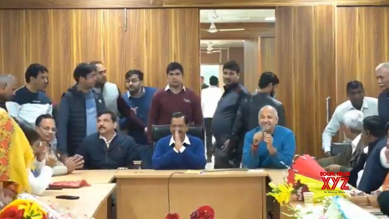 New Delhi: Kejriwal elected leader of AAP legislative party #Gallery
