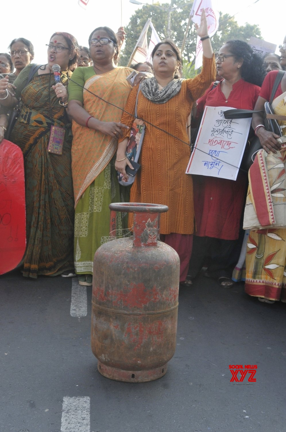 Kolkata: AIDWA activists protest against LPG price hike #Gallery