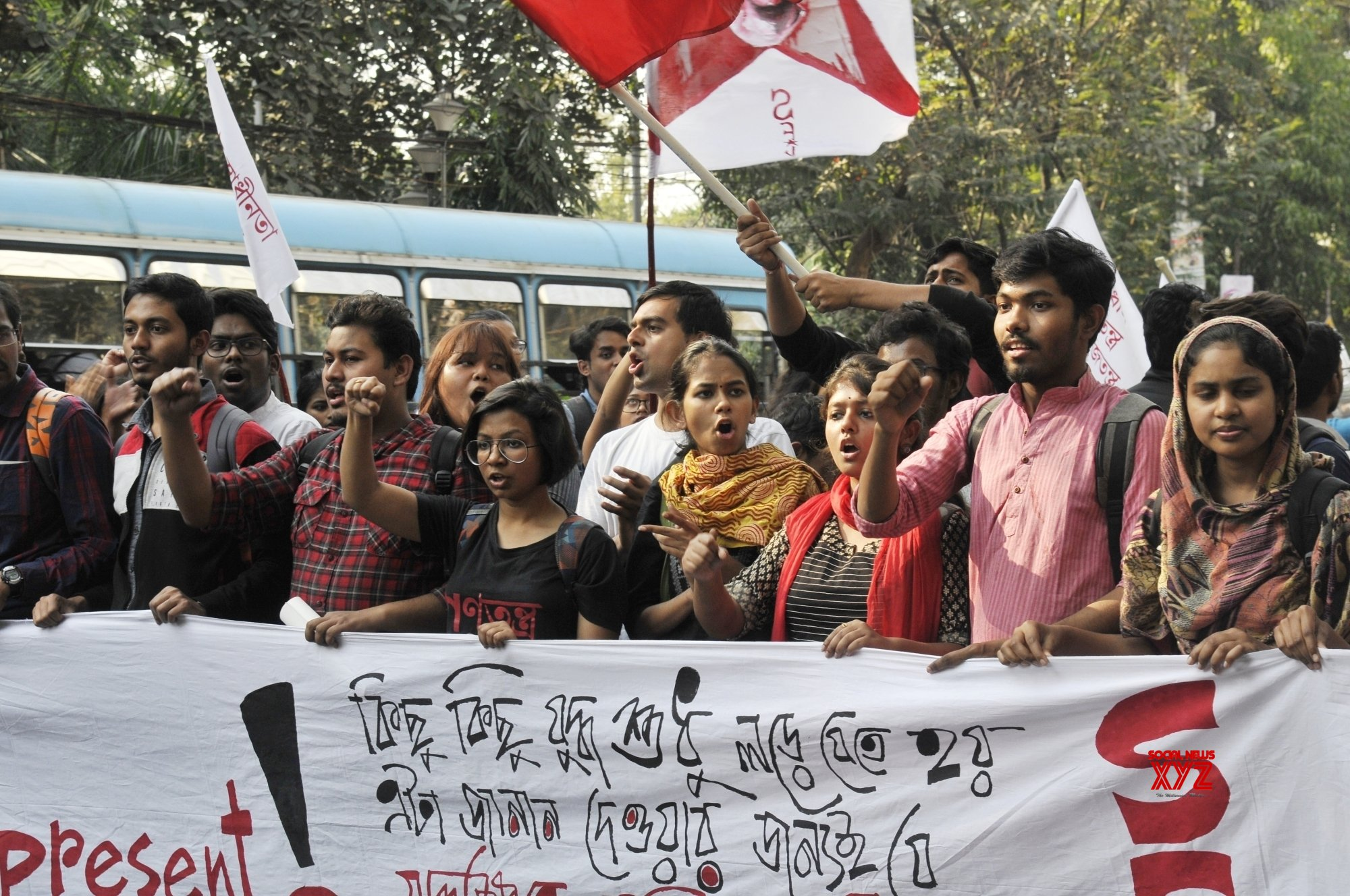 Kolkata: Aishe Ghosh campaigns for SFI candidates ahead of Jadavpur University elections #Gallery