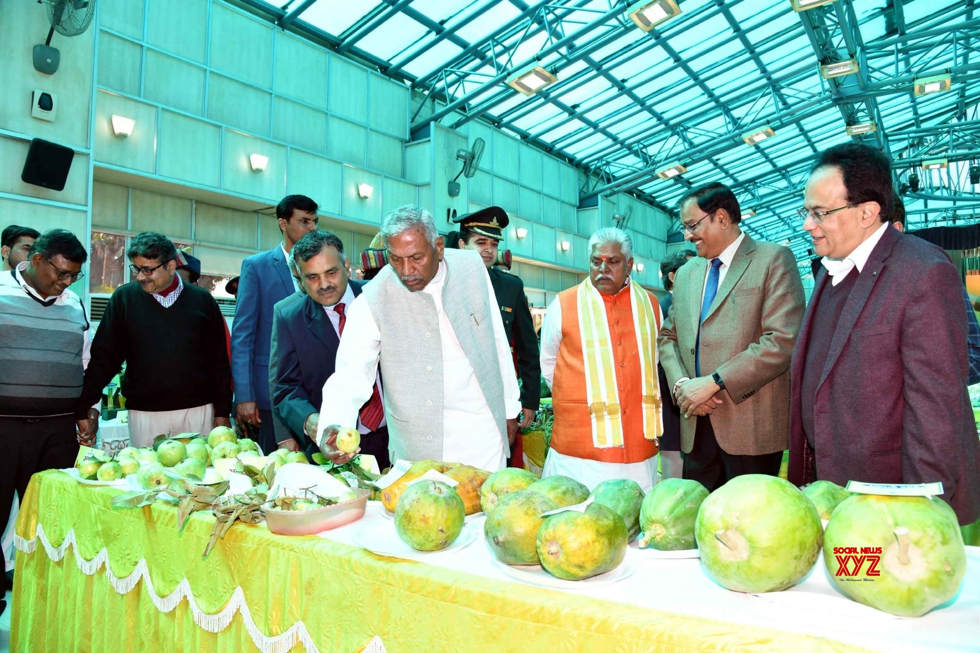 Patna: Bihar Governor at Garden exhibition #Gallery