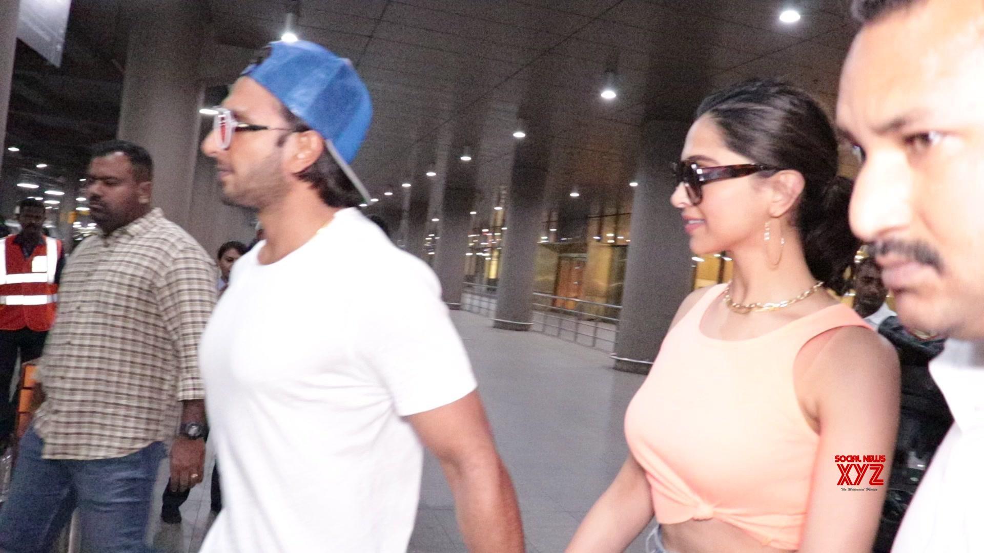 Ranveer Singh With Wife Deepika Padukone Arrive Back In Mumbai - Gallery
