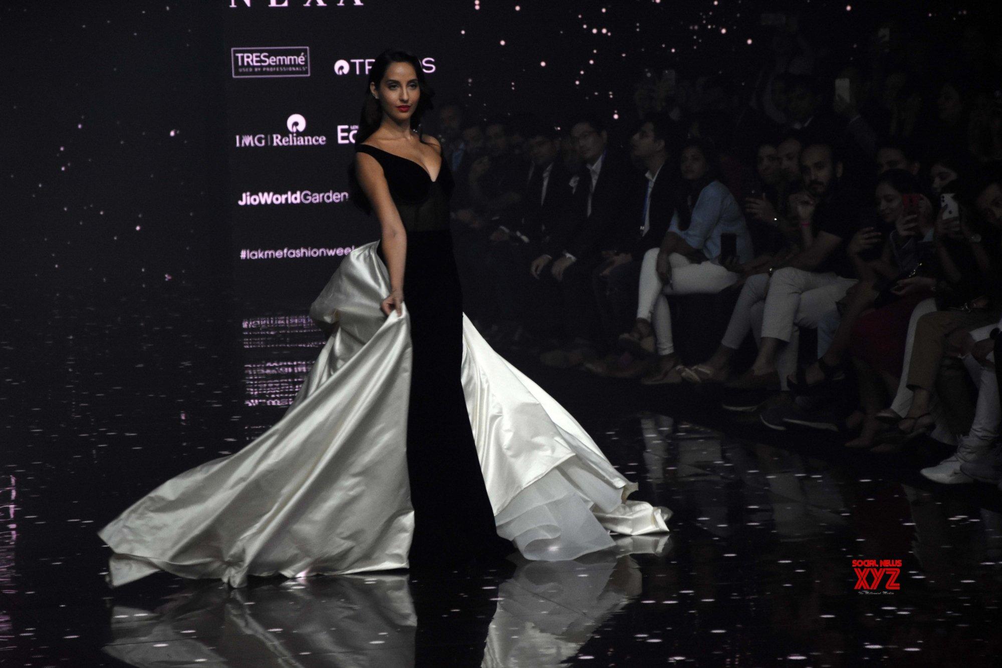 Mumbai: Nora Fatehi walks for Gaurangi & Nainika at Lakme Fashion Week #Gallery
