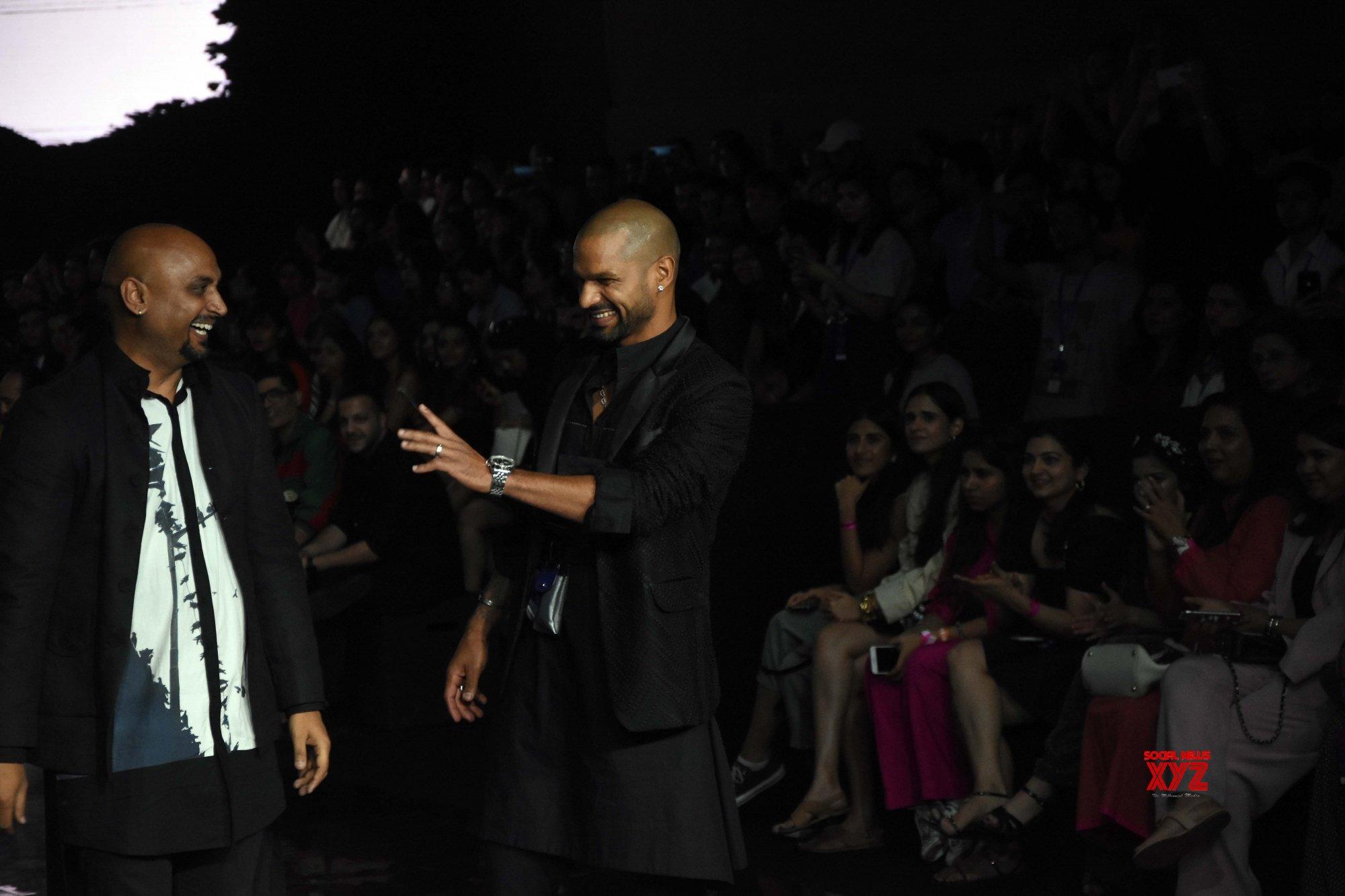 Mumbai: Shikhar Dhawan walks for Gaurang Shah at Lakme Fashion Week #Gallery