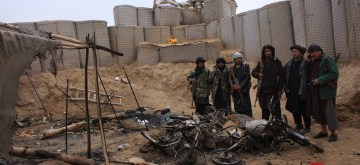 (190129) -- BALKH, Jan. 29, 2019 (Xinhua) -- Police officers stand at the site of an Taliban attack in Bodana Qala village, Sholgara district of Balkh province, Afghanistan, Jan. 29, 2019. At least six police officers were killed and three others wounded after Taliban militants attacked security checkpoints along a main road in Afghanistan's northern province of Balkh overnight, a local official said Tuesday. (Xinhua/Yaqoub Azorda)
