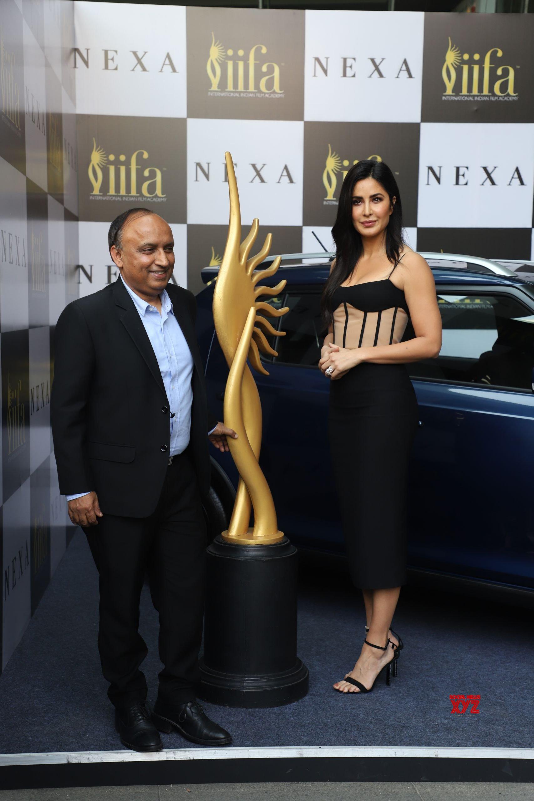 Katrina Kaif And Dia Mirza At 21st Edition Of NEXA IIFA ...