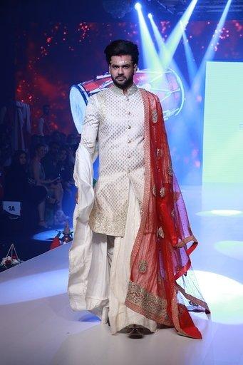 Mumbai Rohit Verma S Creations Showcased At The Bombay Times Fashion Week Gallery Social News Xyz