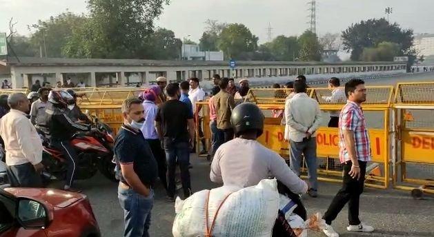 Regulate Noida-Delhi movement due to corona risk: Official