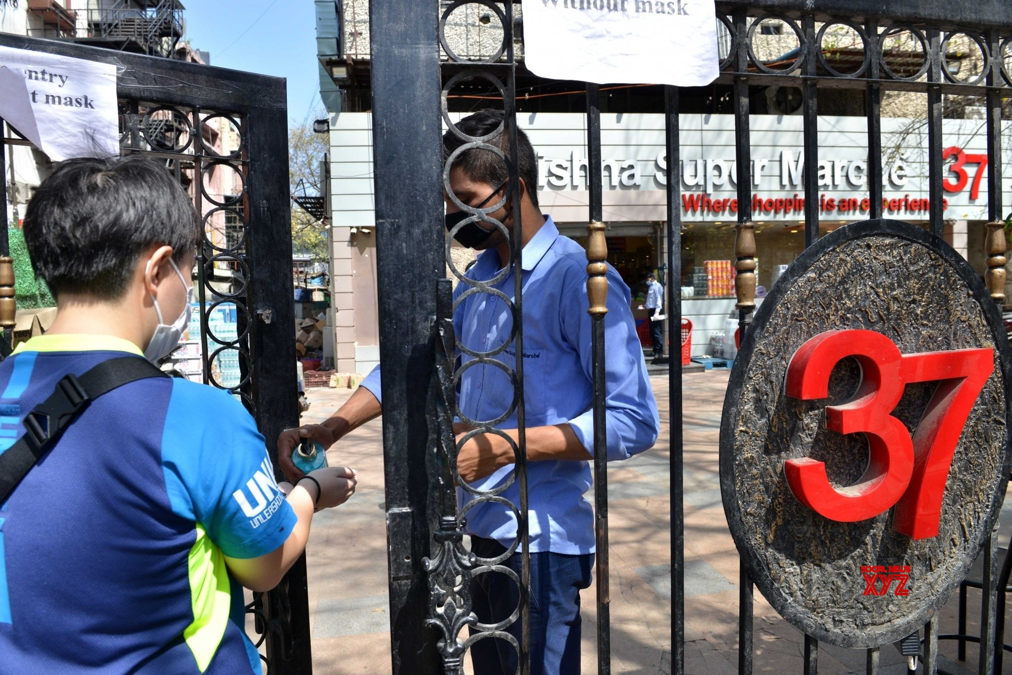 New Delhi: Sanitisation and social distancing being practised during 21 - day lockdown #Gallery