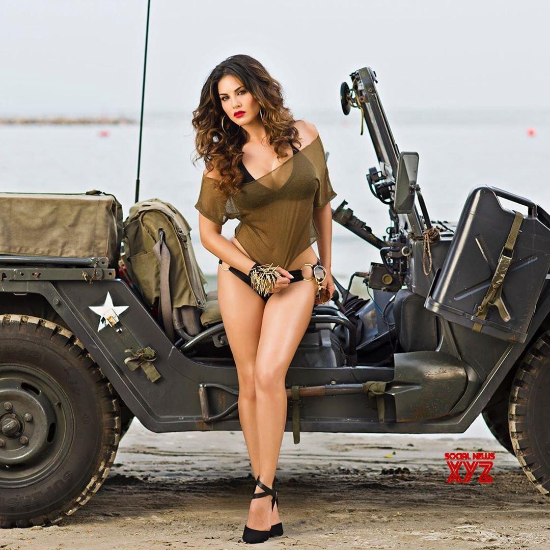 Actress Sunny Leone Super Hot New Stills