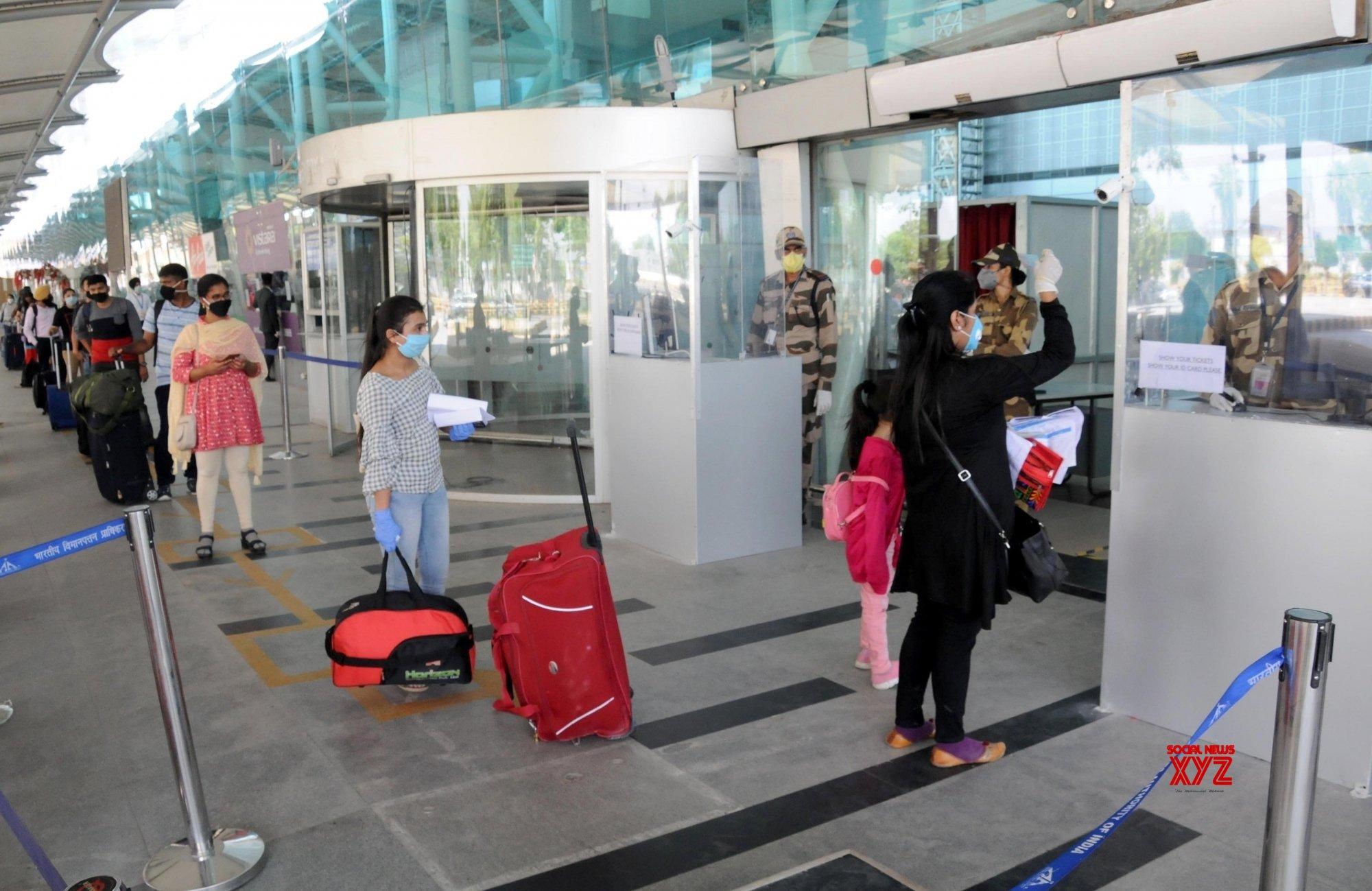 Amritsar: Passengers at Amritsar Airport #Gallery - Social News XYZ