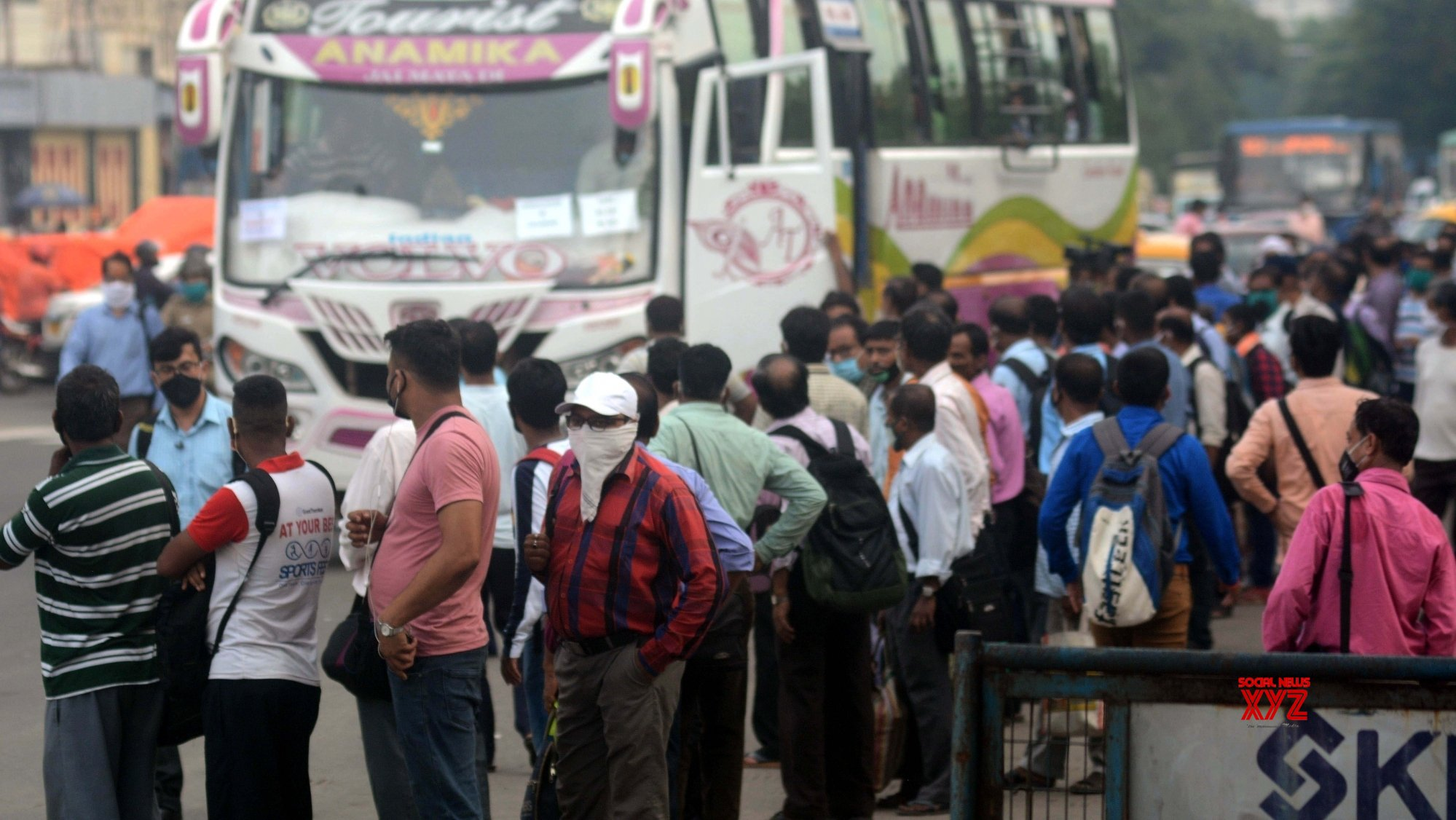 Kolkata: Commuters struggle during bus strike called by Joint Council of Bus Syndicates #Gallery
