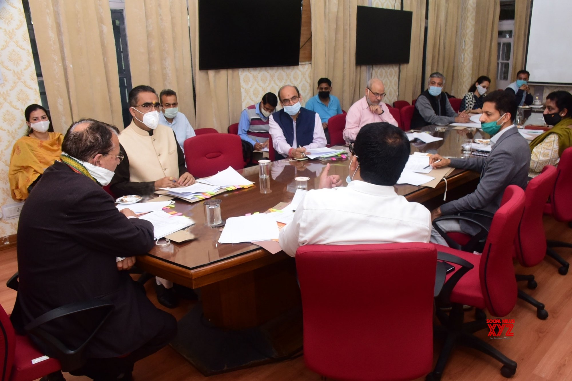 Shimla: Himachal Education Minister chairs Cabinet Sub - Committee meeting on 'Vidyarthi Credit Card Scheme' #Gallery