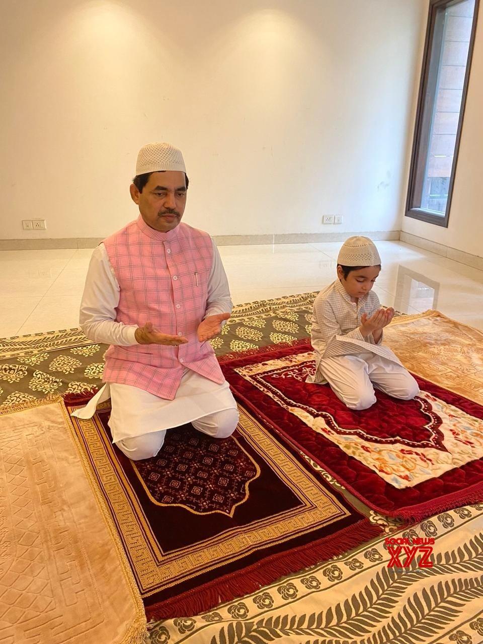 New Delhi: Shahnawaz Hussain offers namaz on the occasion of Eid - Ul - Zuha #Gallery