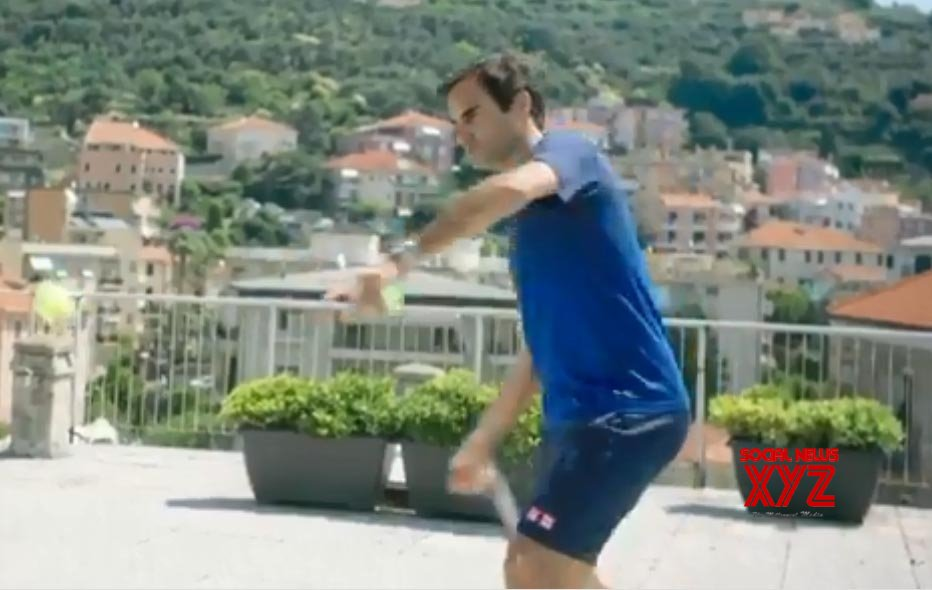 Federer to send 'rooftop tennis' sensations to Nadal's academy