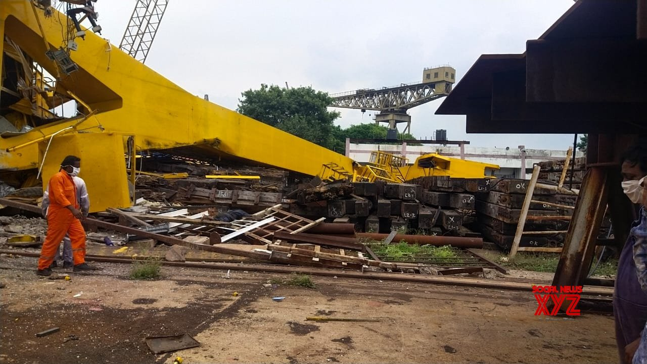 3 killed on way to Vizag to attend funeral of crane crash victim