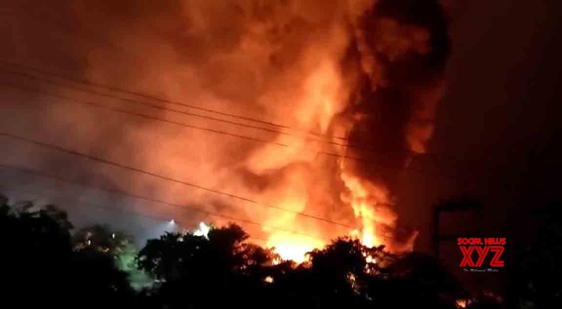 Fire in furniture showroom in Delhi; no casualties
