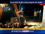 Poor Woman Pullamma's House Demolished   by Officials at Indupally in Krishna District  (Video)