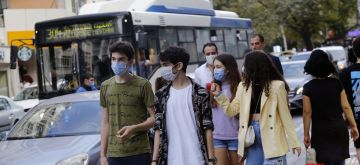 Ankara, Sept. 20, 2020 (Xinhua) -- People wearing masks walk on a street in Ankara, Turkey, on Sept. 20, 2020. The country's daily COVID-19 cases increased by 1,519 on Sunday, raising the total diagnosed patients to 302,867, the Turkish Health Ministry announced. (Photo by Mustafa Kaya/Xinhua/IANS)